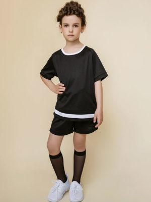 черная футболка и шорты девочке
