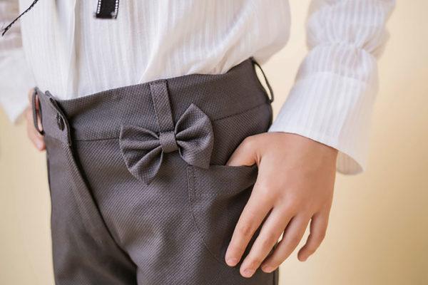 брюки с декоративным элементом